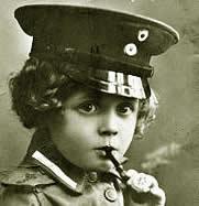 Gedurende de 1e wereldoorlog was roken stoer.