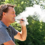 e-sigaret-gebruiker